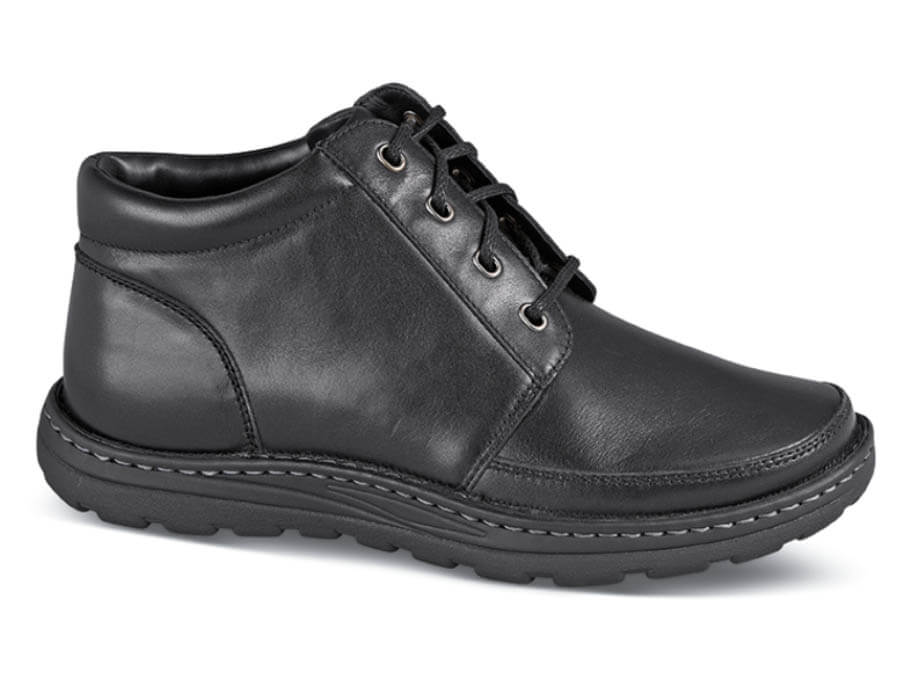 Black Trevino Chukka Boot