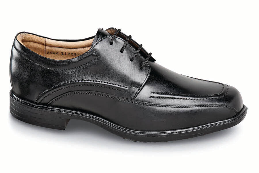 Black 4-eyelet Pintuck Oxford